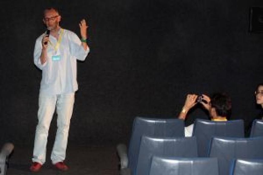 Estreno de 'La llegada de Karla' de Koen Suidgeest en los cines Al-Andalus
