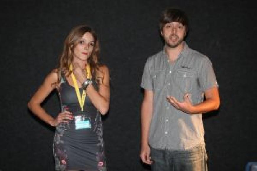 Samuel Alarcón y Carmen Latorre presentan 4,5 5,1 Crónica íntima de un terremoto