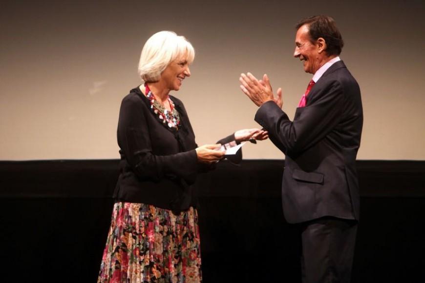 Alcances inaugura su 45ª Edición con lleno en el Gran Teatro Falla