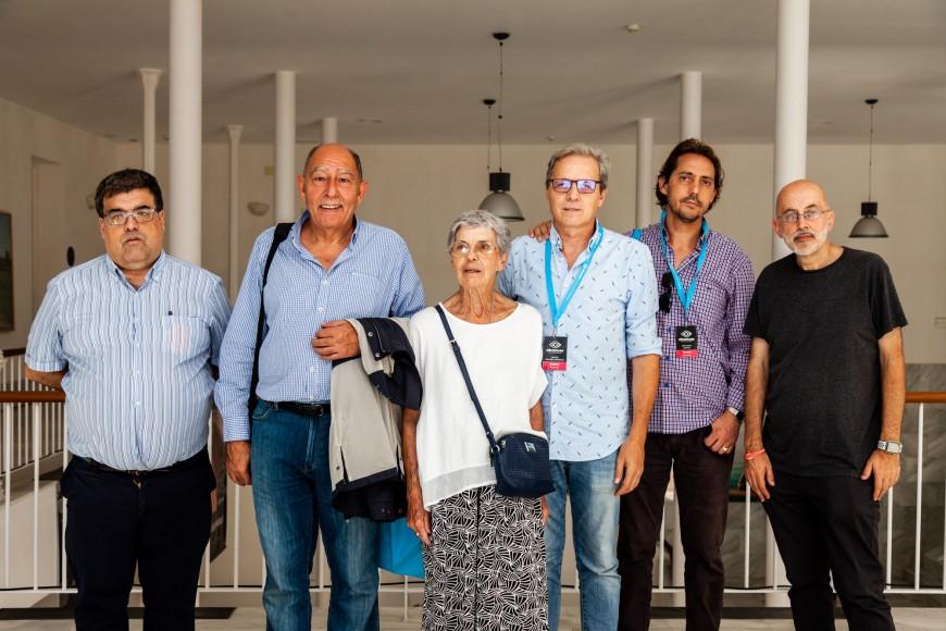 La familia de Manuel Summers visita Alcances para participar en su homenaje