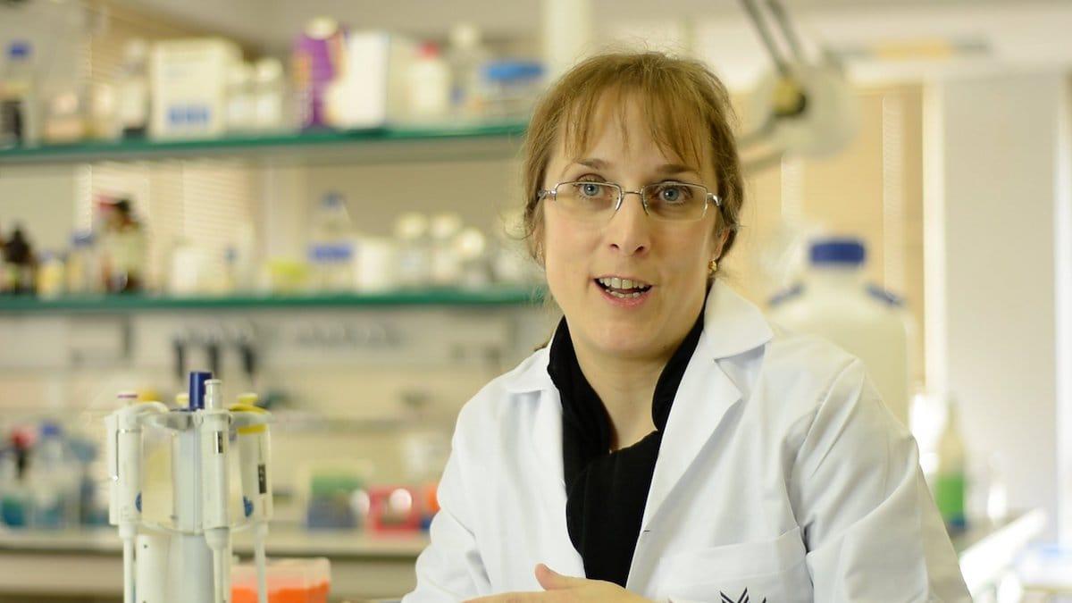 Imagen de película: Ciencia con nombre de mujer