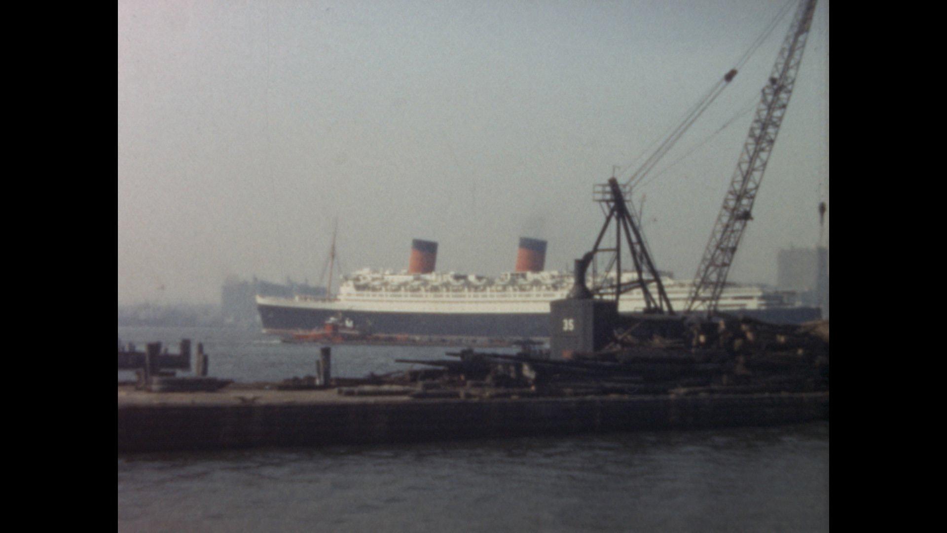 Imagen de película: Un paseo por New York Harbor